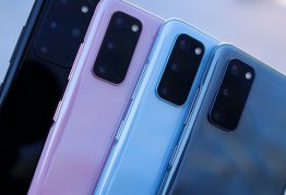 different coloured smartphones fanned out